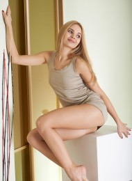 Korolina, sexy Russian escort in Florence (Florencia)